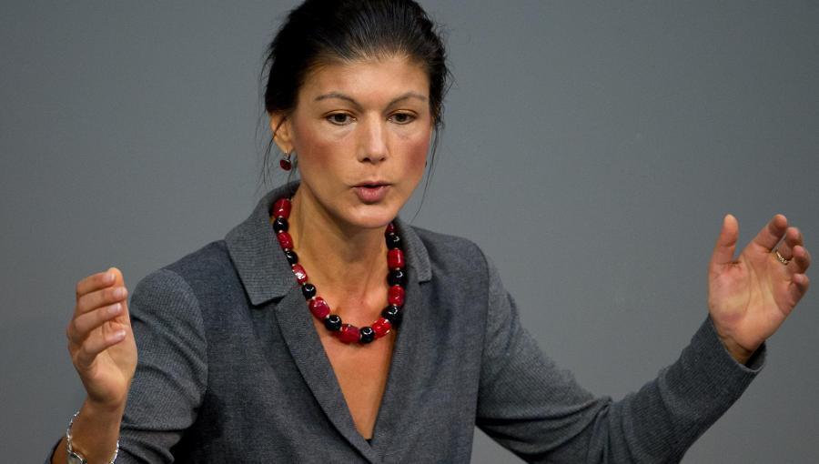 Sahra Wagenknecht wirft Großer Koalition Wahlbetrug vor